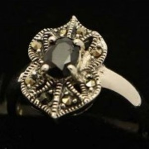 Sapphire Stone Silver Ring GB(5)4908