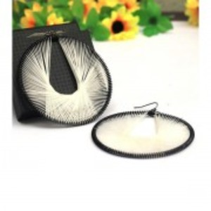 Black & White Beneta Thread Stylish Oval Earring