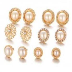 Gold Flower Hollow Stud Earring Vintage Crystal