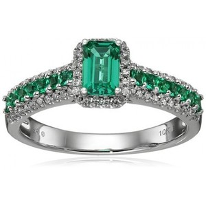 10k White Gold Created Emerald and Diamond Ring  Size 7 (1/5cttw  H-I Color  I1-I2 Clarity)