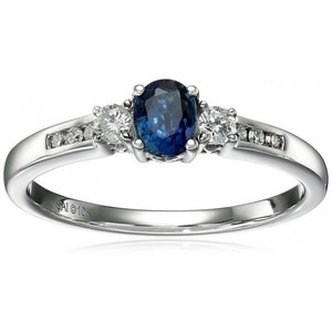 10k White Gold Sapphire and Diamond Ring  Size 7 (1/10cttw  I-J Color  I2-I3 Clarity)