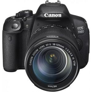 Canon EOS 700D 18-135mm