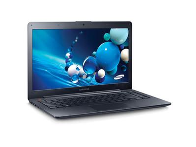 Samsung ATIV Book 9 Core i5 5th Generation 8 GB RAM 256 GB SSD