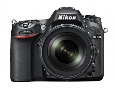 Nikon D7100 24.1 MP DX-Format CMOS Digital SLR with 18-140mm lens (1 Year Camtronix Warranty)