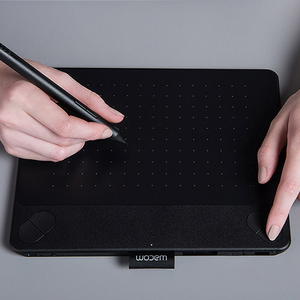 Wacom Intuos Art Pen&Touch Small Tablet CTH-490