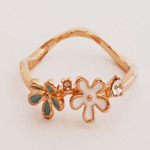 Gold Plated Flowers Ring for Women Golden