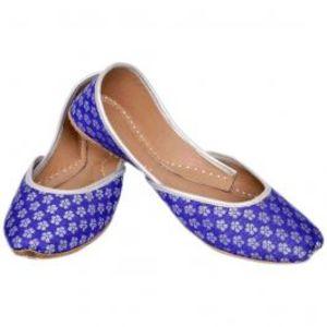 Ladies Khussa in Purple & White