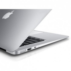 Apple MacBook Air 13 MD760 Up to 12 hours of battery life.It wont call it a day intil you do.Thin.Light.PowerfulAnd ready for anything.The next generation of wireless.Powerful apps included.Get right to work. And play.OS X Yosemite.