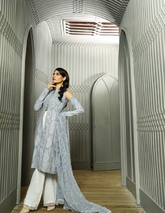 Asim Jofa Embroidered Luxury Lawn Collection 2018 Gray (AJL-02B)