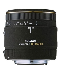 Sigma 50mm f/2.8 EX DG Macro Lens for SLR Camera