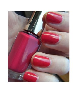LOreal Paris Color Riche Nail Polish Opulent Pink (211)