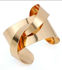 Scenic Accessories Fashionable Cuff Bracelet for Women - Gold