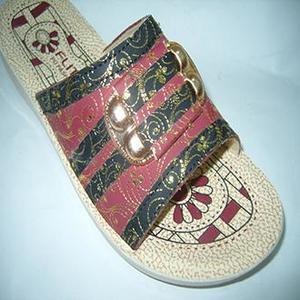 Maroon Fancy Rexiene Slipper For Women