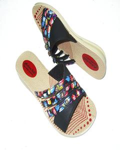 Multicolour Rexiene Pu Casual Chappal For Women