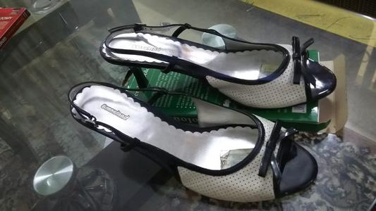 beautiful black and white color heel sandal shoes for female