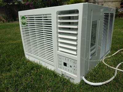 Skyiwood 0.75 Ton window Air Conditioner R410 Gas Remote Control