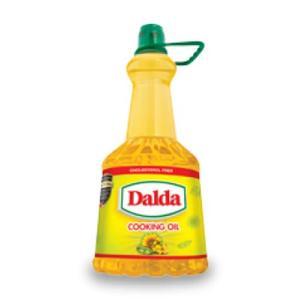 Dalda Cooking Oil 3 litre bottle