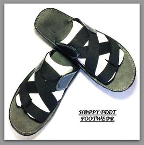 SALE 70% Sports Black Women / Girls Chappal (Same Product Will Deliver)
