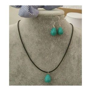 Feroza stone Necklace and Earrings - Green / Ferozi