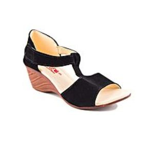 AeysBlack Velvet heel sandal for Women For Women