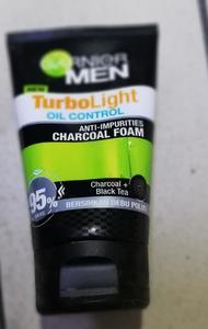Garnier Men Turbo Light Charcoal Black Facial Foam