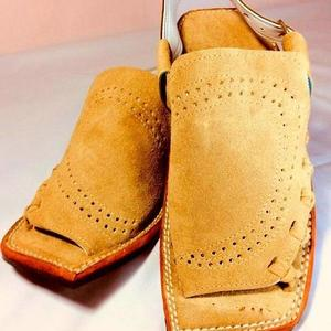 60% New Stylish Velvet Leather High Quality Camel Mens Balaaj Peshawari Sandal (Same Product Will Deliver)