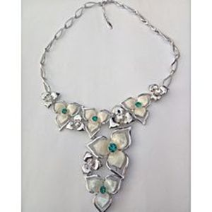 viennois Silver Color Necklace Set With Green Stones For Girls Nk-S-4202