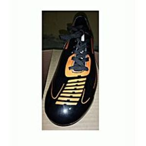 Guerrilla class Soccer Shoes Football - Shoe P.V.C Leather - Cloth Lining