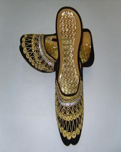 Black Golden Embroidered Fashionable Khussa For Women