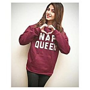 Golatees Maroon Fleece Nap Queen Print Hoodie For Women