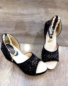 Stylish fancy Black Sandal LFW 58