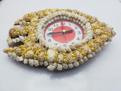 Clock fish shape made of Original sea shells, Antique Wall clock fish shape, best quality clock inside a fancy fish made of sea shells