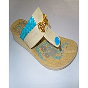 Modern Footwear Cream Flip Flops Pu Sole For Women