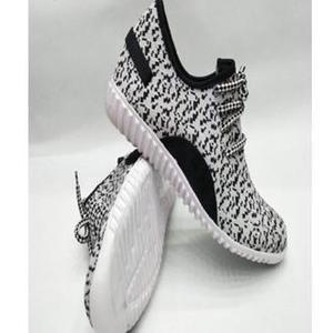 EChange Shoes White Black Lifestyle Sneaker For Men