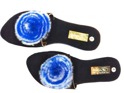 stylish women velvet slippers