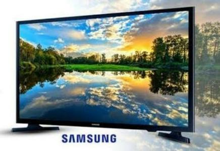 Samsung 32 Inch LED TV 4K Ultra HD Crystal Dynamic Colours