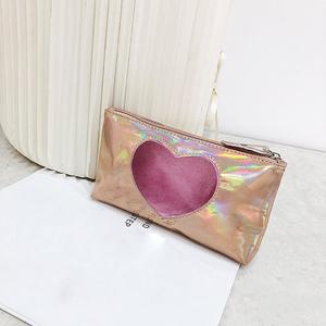 Perfect Meet Fashion Fashion Harajuku Lady Holding A Heart-Shaped Lipstick Storage Cosmetic Bag