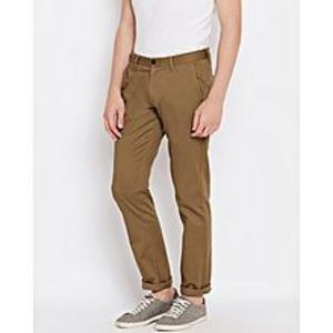 Aashi Men Brown Chrysler Fit Solid Chinos