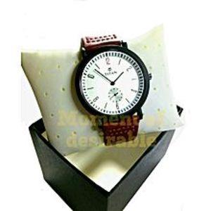TitanLeather Wrist Watch - Maroon For Men