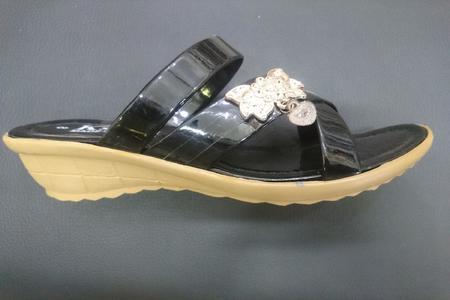 Casual Heeled Footwear