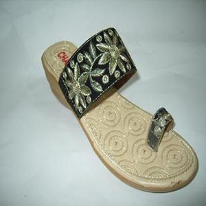 Hand Made Tilla Work Heeled Slipper For Women