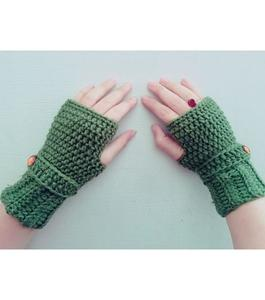 Attractive Strip Style Wool Gloves for Women