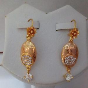 Beautiful Genuine 4k Gold Earrings for Females