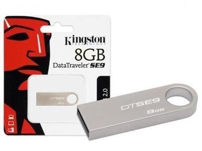 Kingston USB 2.0 Flash Drive Memory Stick - 8 GB