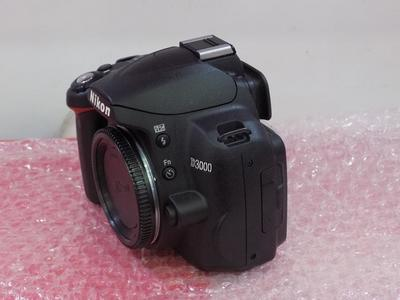 Nikon D3000 DSLRcamera used body new condition 10 of 09 Body with Nikon Bag With out lens & With out Box
