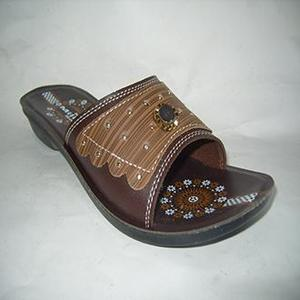 Casual Pu Chappal For Women - Brown
