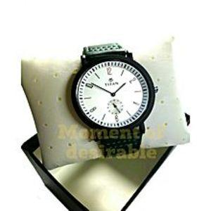 TitanLeather Wrist Watch - Green For Men