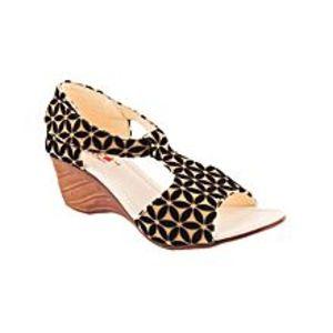 star garnetBlack Fancy Velvet Heel Sandal For Women