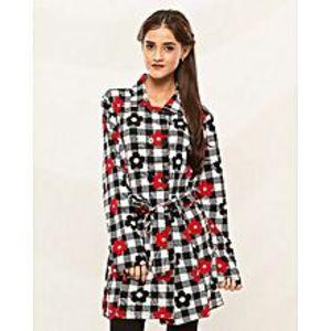IApparelNJewelleryWhite Chinese Winter Coat For Women - Ianj-Coatw-Chinaprntflwrw