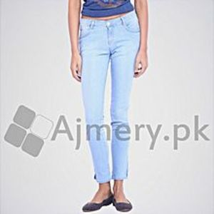 The Ajmery Women's Light Blue Regular Jeans. DTX-27